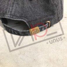 画像4: UNUS オリジナル ローキャップ newhattan CAP オリジナル グッズ 3色展開 デニム ブルー ブラック (4)